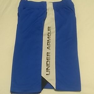 Youth boys under armour shorts size youth large